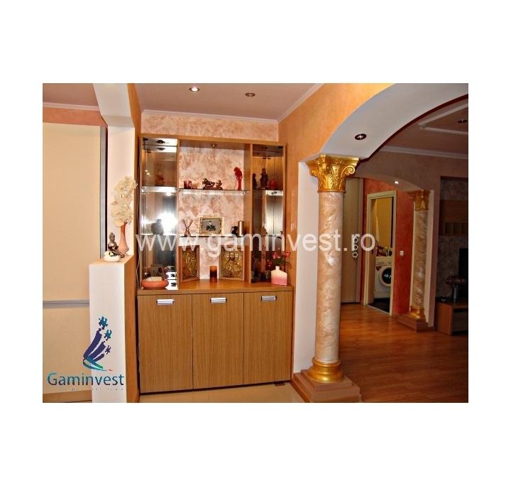 Appartamento 2 camere in affitto nufarul plaza oradea for Appartamento di 600 metri quadrati con 2 camere da letto