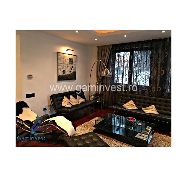 Villa di lusso in vendita a oradea bihor romania for Case con 4 camere da letto con seminterrato finito in vendita