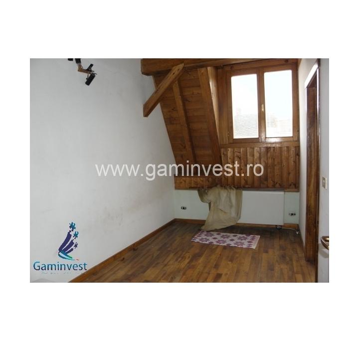 In vendita casa centrale con terreno a oradea bihor romania for Comprare terreni e costruire una casa