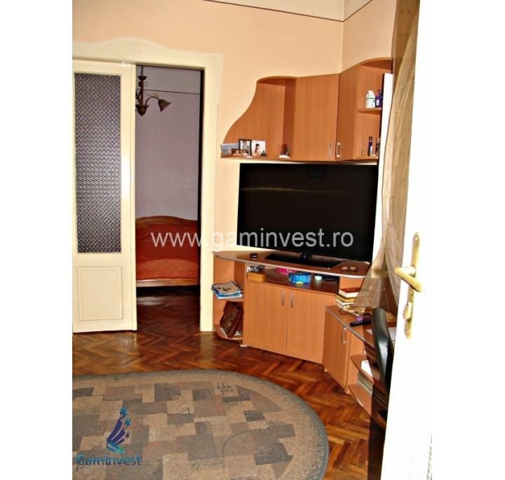 Appartamento con 3 camere da letto in vendita oradea for Appartamento con 3 camere da letto