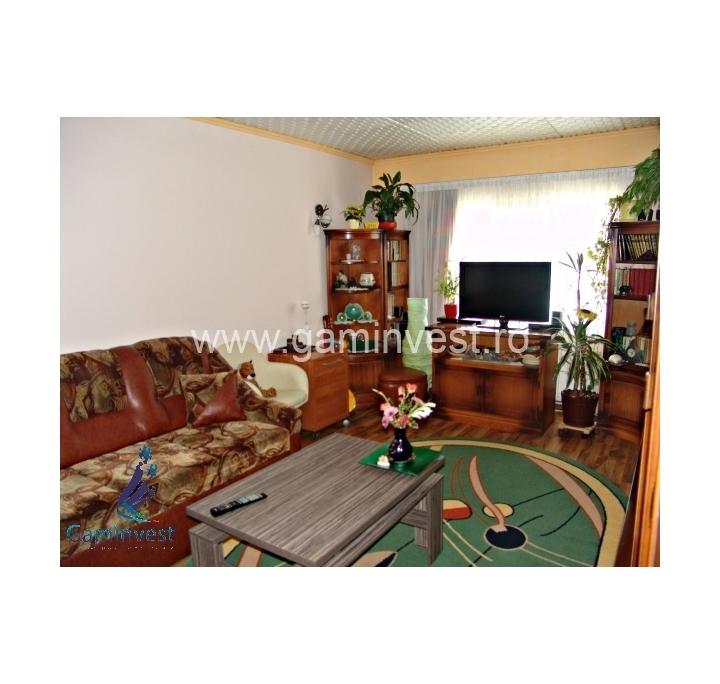 Appartamento 3 camere in vendita in nufarul oradea bihor for 5 camere da letto in vendita